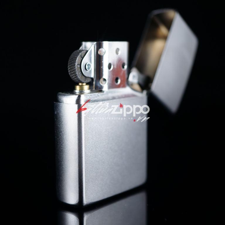 Bật lửa zippo phiên bản ánh sáng cát sa tin mờ 205