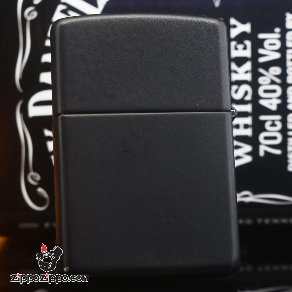Zippo đời la mã sản xuất 1997 sơn đen hình ngôi sao