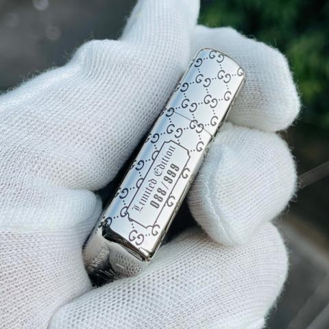 Bật lửa Zippo Hoa văn thương hiệu Gucci bản Armor Limited