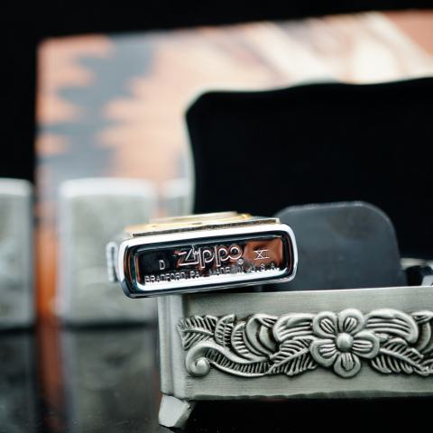 Zippo La Mã bạc bóng Ốp đồng xu may mắn của Mỹ sản xuất 1995